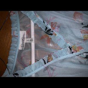 Jessica Simpson Tops - NWOT Jessica Simpson Maternity Aqua floral top